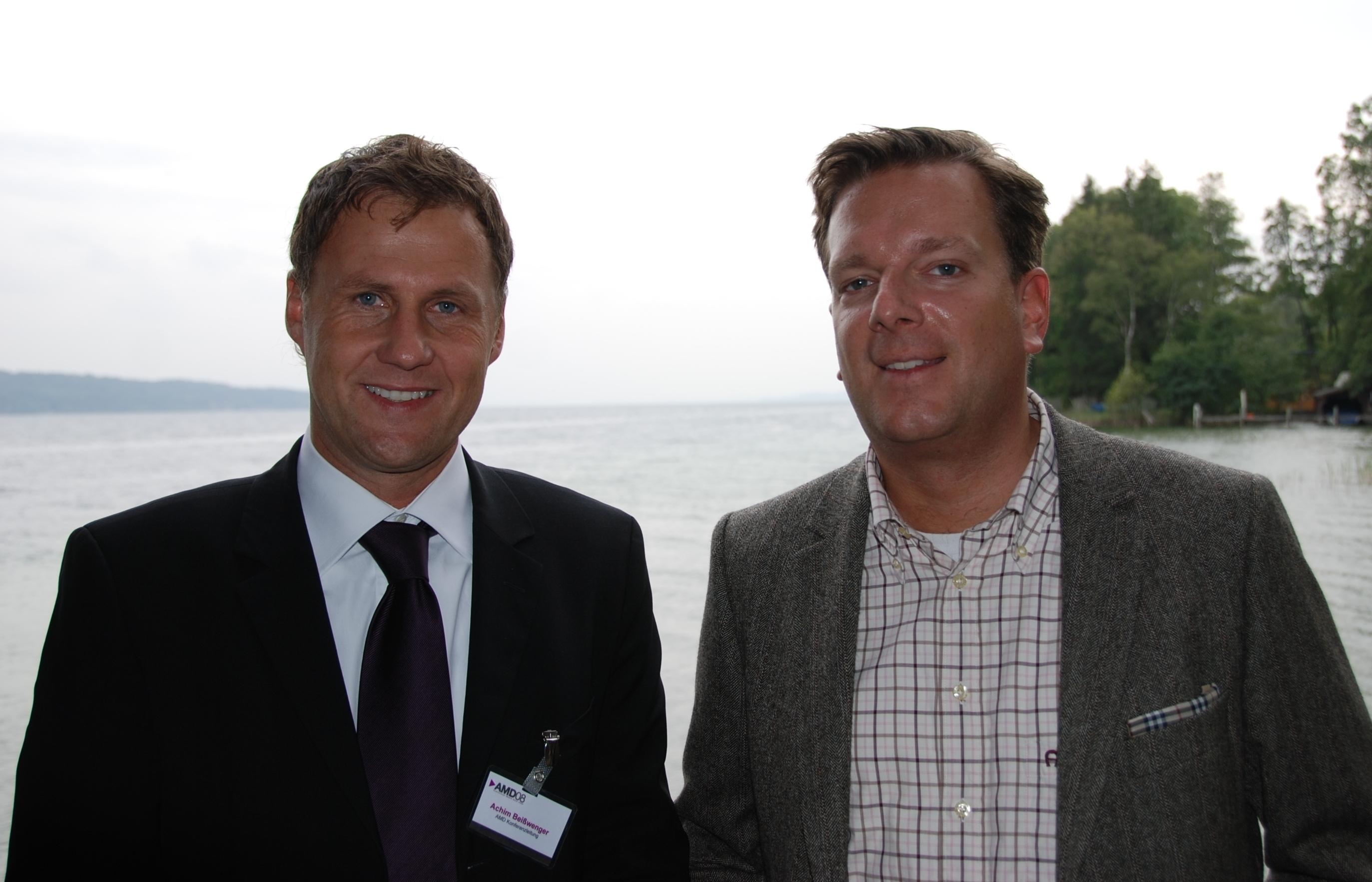 Achim Beißwenger, Konferenzleiter und Ralf Baumann, Senior Vice President Portal, Deutsche Telekom bei der AMD08