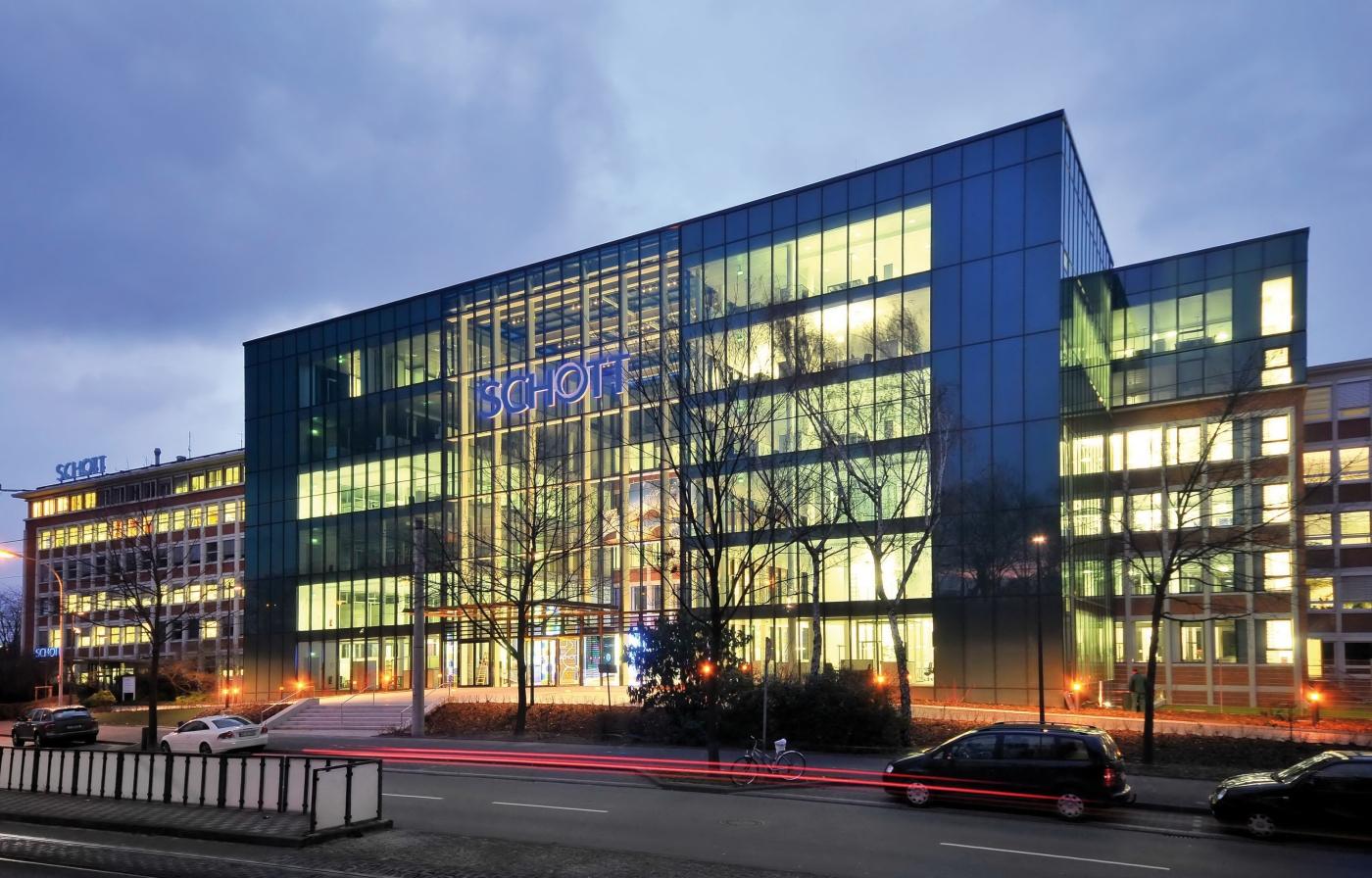 BrandMaker hat den Spezialglashersteller Schott AG als Neukunden gewonnen. (Bildquelle SCHOTT)