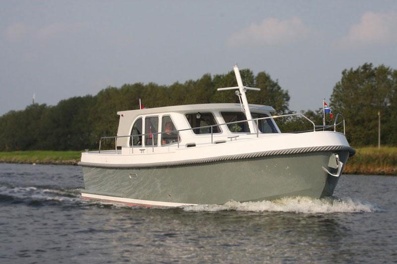 Aventura 32 Motoryacht