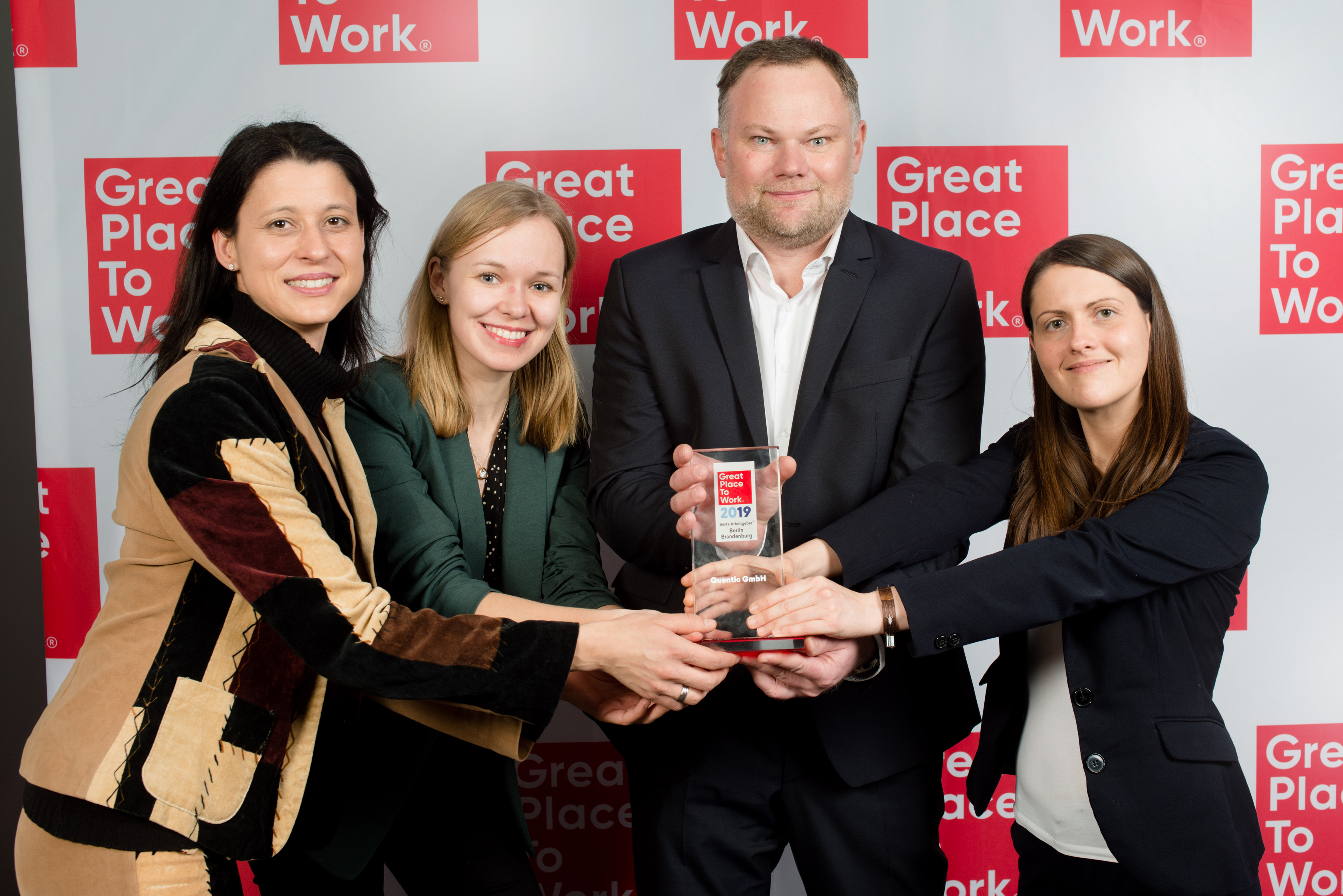 Quentic_is_ a_Great_Place_to_Work_Award_Berlin-Brandenburg_2019_kl.jpg